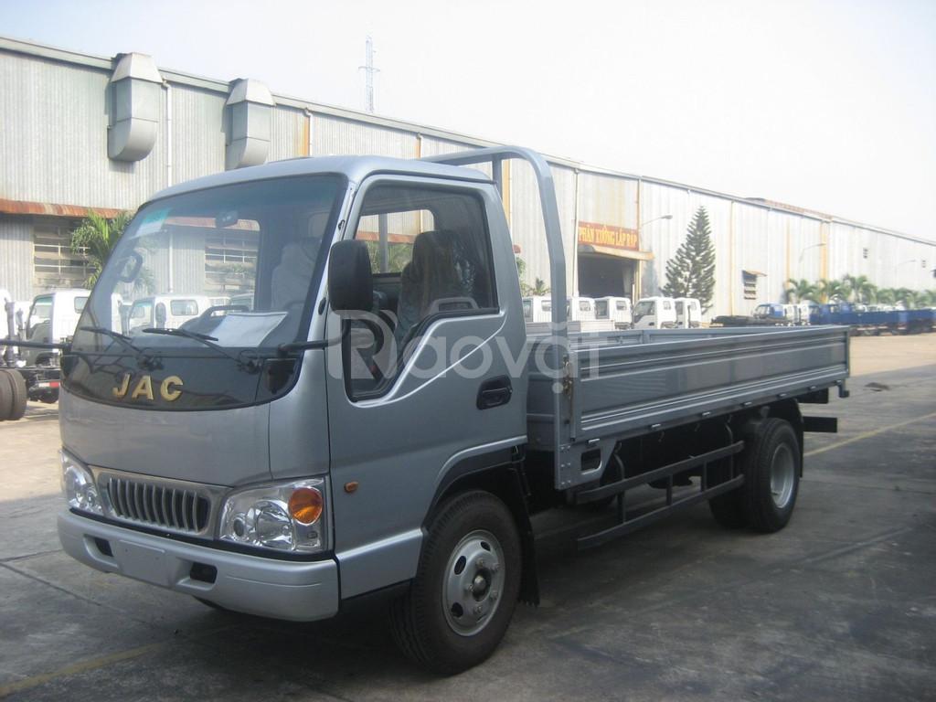 Bán xe tải JAC 1.5 tấn- thùng mui bạt