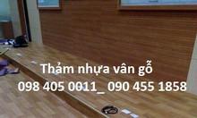 Tấm sàn nhựa vân gỗ trải sàn giá rẻ