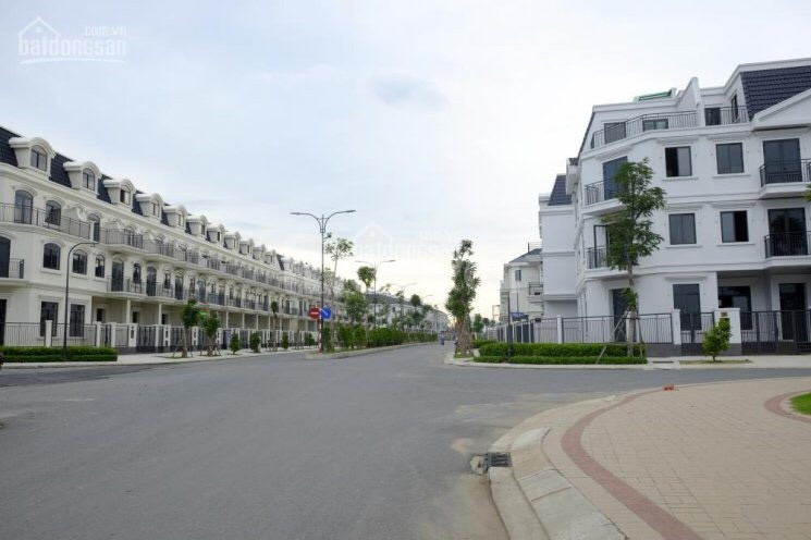Chính chủ cần bán nhà phố KĐT Lakeview của Novaland quận 2 giá 9.5 tỷ
