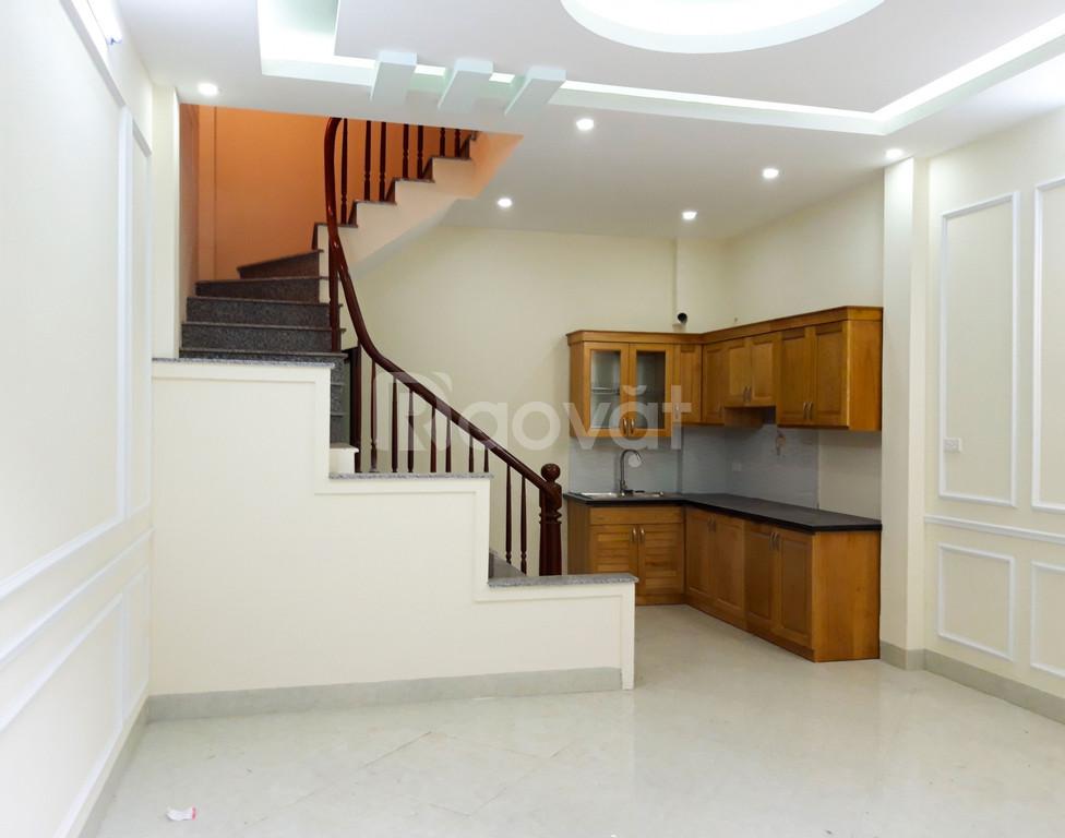 Cần bán nhà ngõ 333 Xuân Đỉnh xây mới, đẹp DT 37m2 x 5T, MT 5.1m