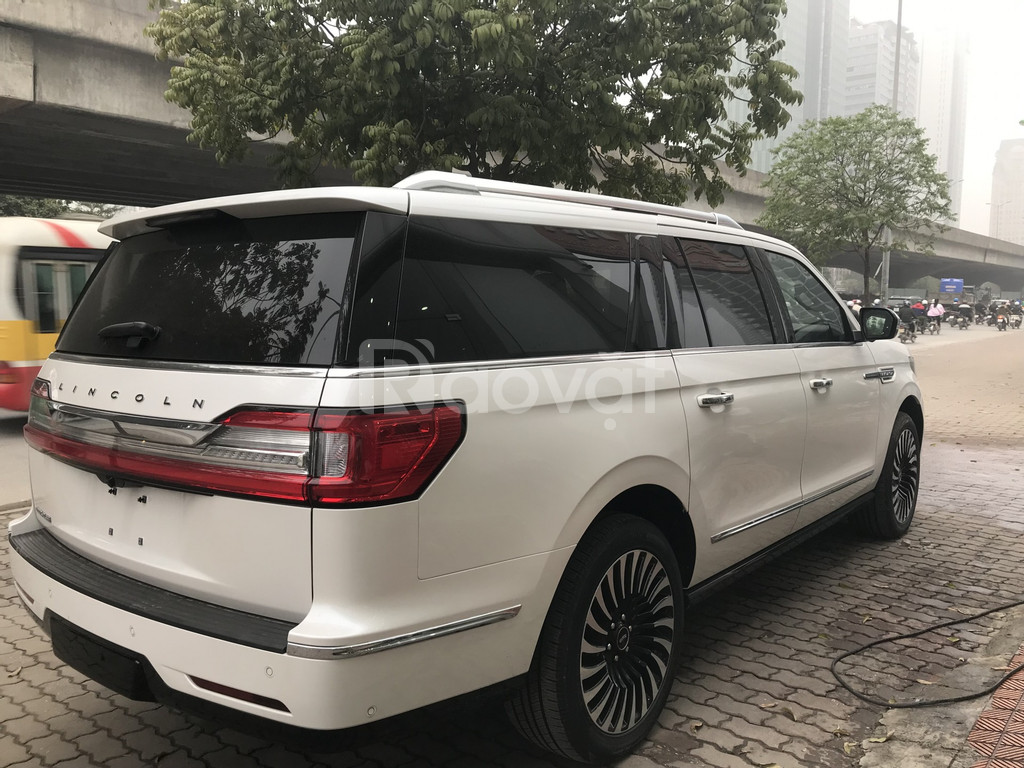 Bán Lincoln Lavigator L Black Laber 2019 nhập Mỹ màu trắng