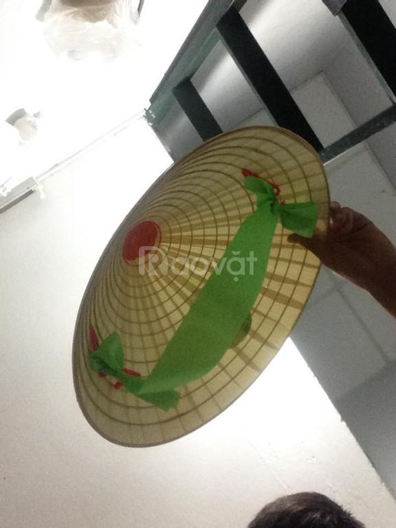Bán nón lá mũ lá nón quay thao nón trang trí