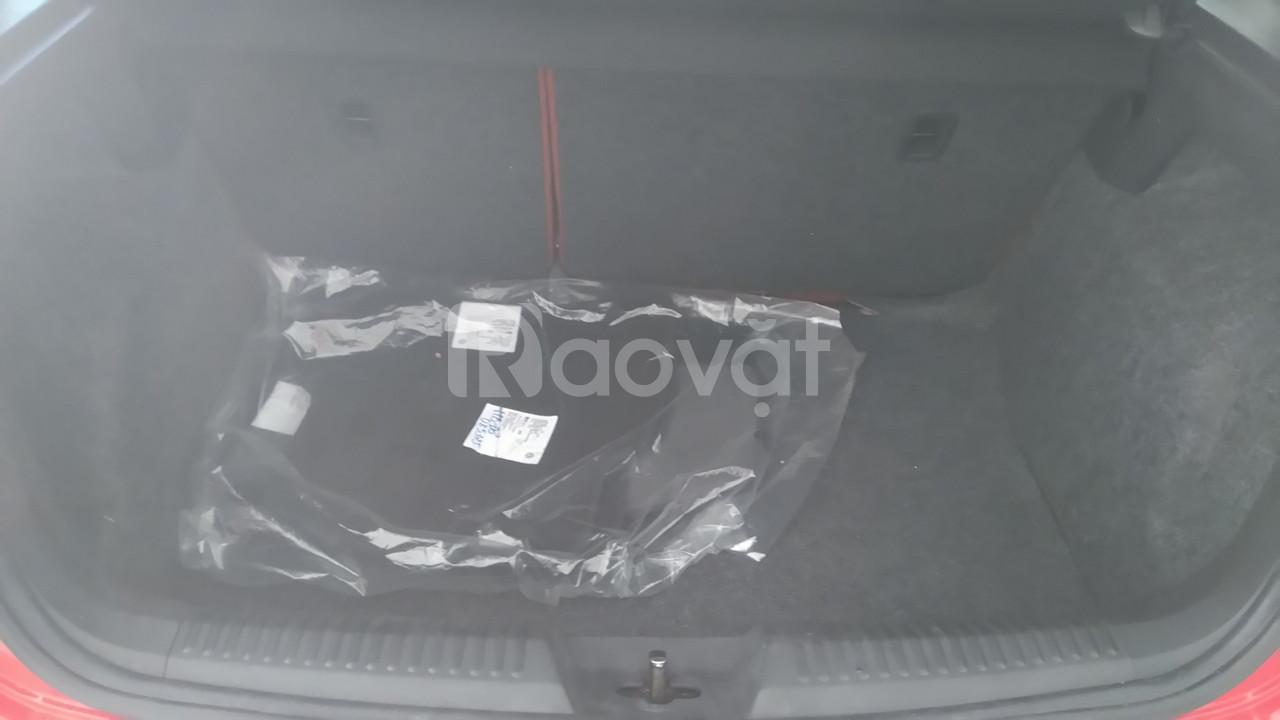 Bán xe Volkswagen polo đi tết giá tốt thị trường (ảnh 3)