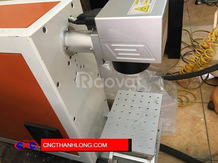 Máy laser Fiber, máy laser khắc kim loại