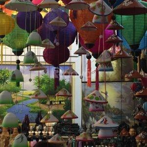 Bán nón lá mũ lá nón quay thao nón Huế tại Hà Nội