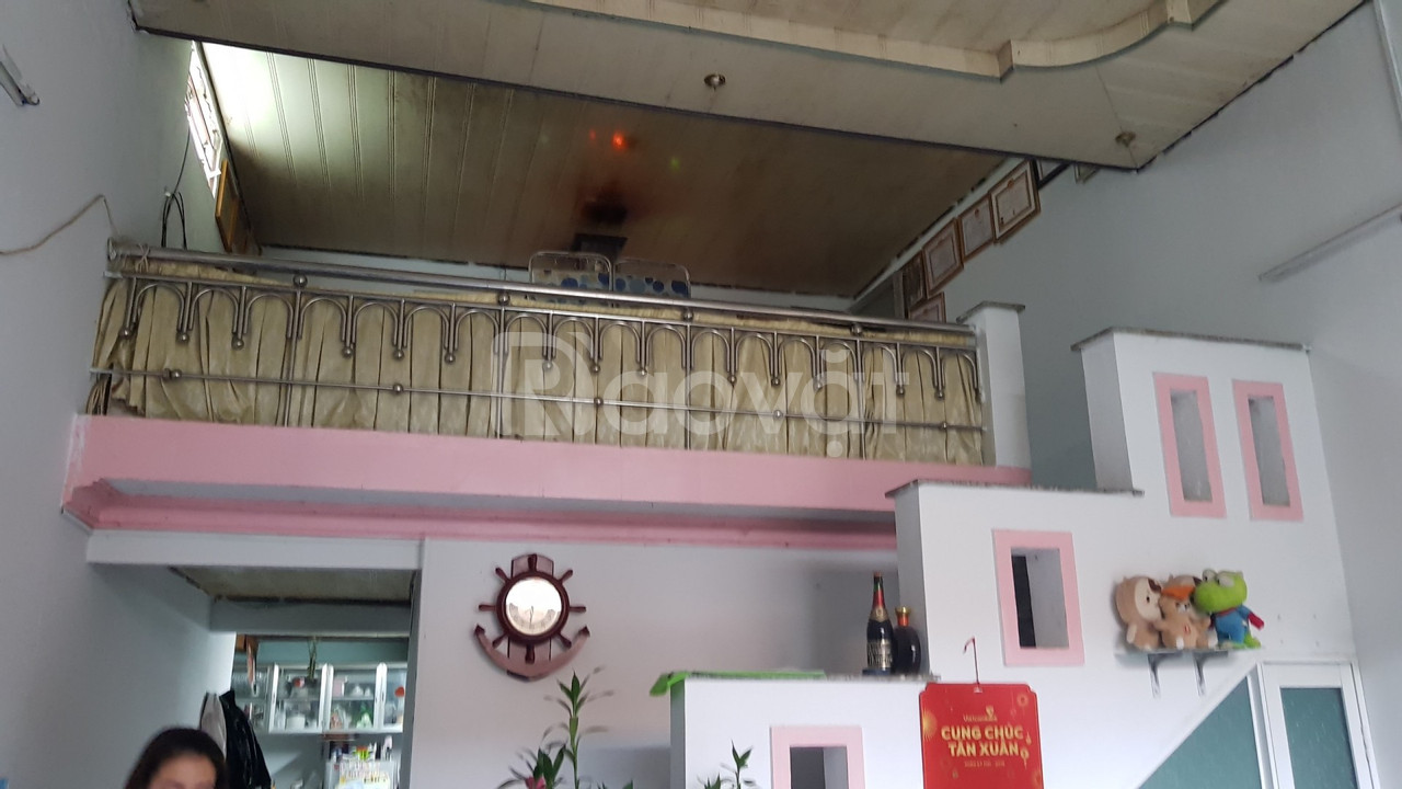 Bán nhà cấp 4, HXH đường Nguyễn Văn Linh, Phường Thạc Gián, giá rẻ