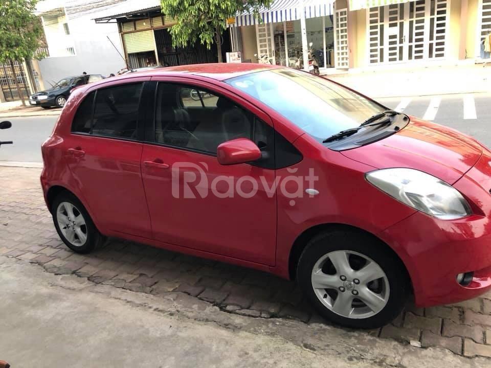 Cần bán xe Toyota Yaris 2008 màu đỏ số tự động