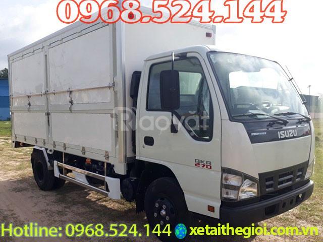 Đại lý bán xe tải isuzu 1T9 thùng kín isuzu qkr270 1,9 tấn