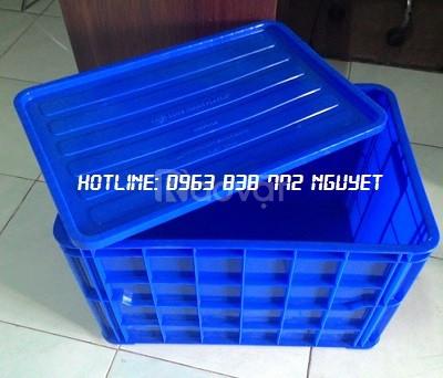 Bán sóng nhựa bít đựng hàng 3T9 - 2T5 - 3T1.