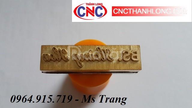 Máy CNC3040 khắc dấu kim loại