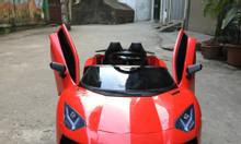 Xe ô tô điện trẻ em LT-998 kiểu dáng Lamborghini nhựa đẹp, cửa mở chéo