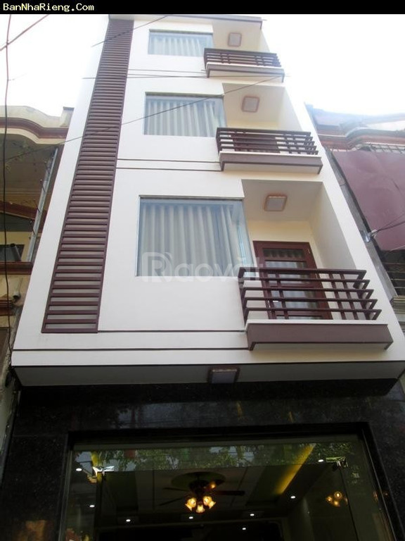 Bán nhà phân lô 12-Hoàng Sâm ngõ ô tô, 5 tầng, MT 3.5m, giá 3.7 tỷ