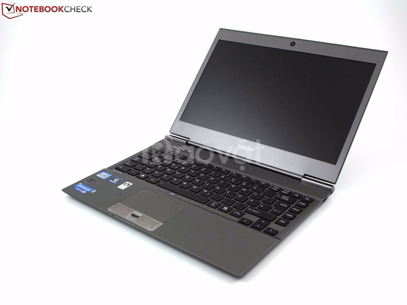 Toshiba R734 i5 3427 4G SSD128G 13in mỏng pin 4h