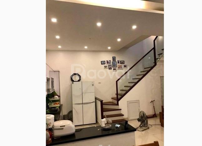 Gần Phố Cổ, bán nhà ngõ phố Trần Khát Chân 40m2 x5 tầng, 2 mặt thoáng