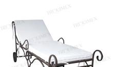 Giường tắm nắng sắt rèn nghệ thuật tại Triquimex