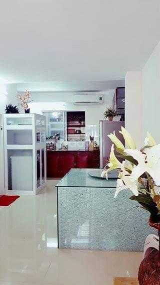 Cho thuê nhà 2 tầng tiện kinh doanh hoặc làm văn phòng