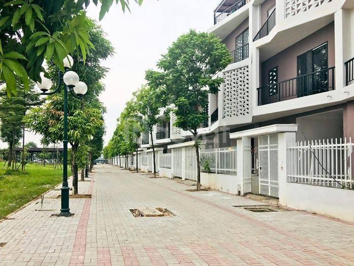 Cần bán căn liền kề hướng Đông Nam giá 3 tỷ tại Hà Nội