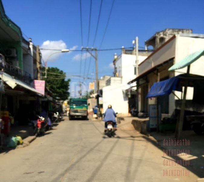 Nhà 2 mặt tiền 4x8m 2 lầu số 136 Bùi Tư Toàn Q.Bình Tân gần Aeon
