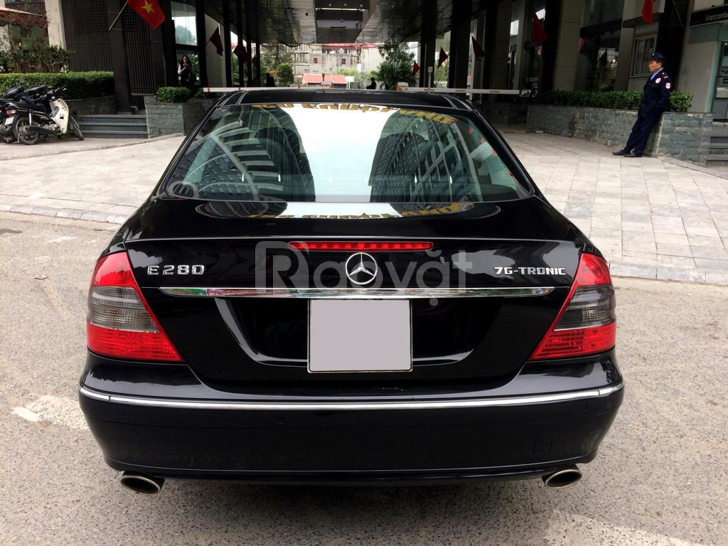 Bán Mercedes Benz E280, SX: 12/2008, ĐK: 4/2009, màu đen