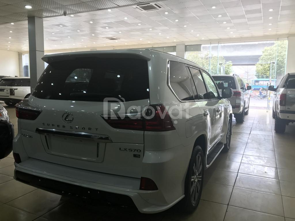 Bán Lexus LX570 Super Sport, màu trắng nội thất kem, xe giao ngay