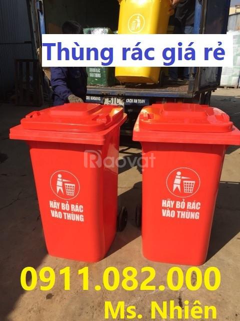Nơi phân phối thùng rác 120 lít 2 bánh xe nắp kín giá rẻ tại Cần Thơ