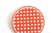 Làm miếng lót ly bằng vải nỉ thêu logo cơ sở làm miếng lót ly bằng vải