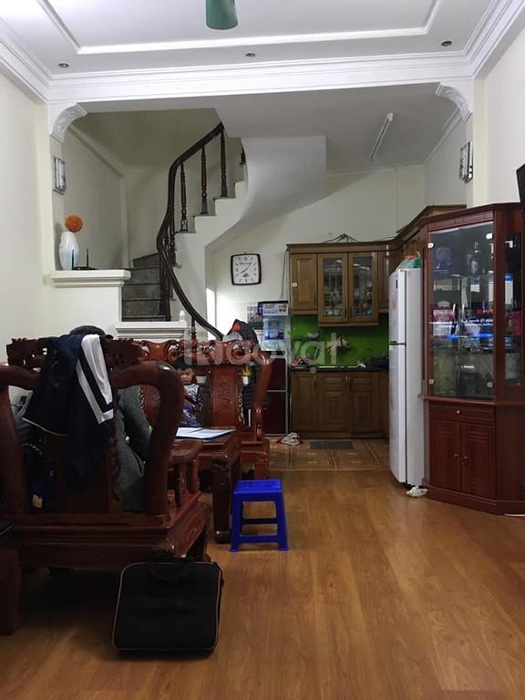 Bán nhà Trương Định 38m2