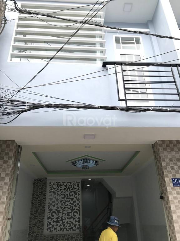Chính chủ cần bán gấp nhà mới xây chưa ở, 2 phòng ngủ, quận Bình Tân