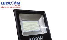 Đèn pha led chóa nhăn công suất 100w 0.5