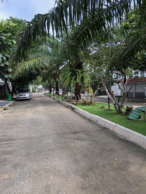 Cần bán nhà biệt thự 450m2 đường Lương Đình Của Quận 2