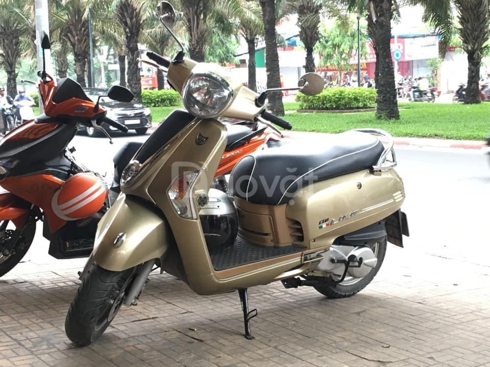 Bán xe Like Fi tiết kiệm xăng, màu Gold 125cc, cốp to, sạc pin đt