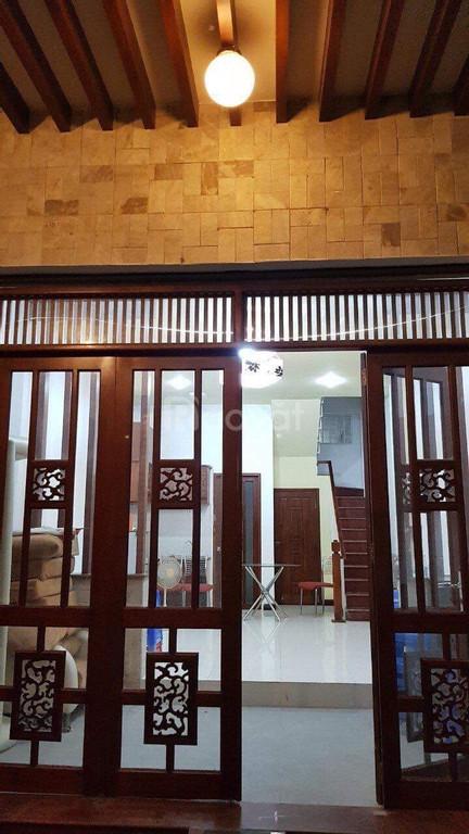 Nhà chính chủ Lê Thánh Tôn, Bến Nghé, Q1, DT 4,4x10m, CN 40m2