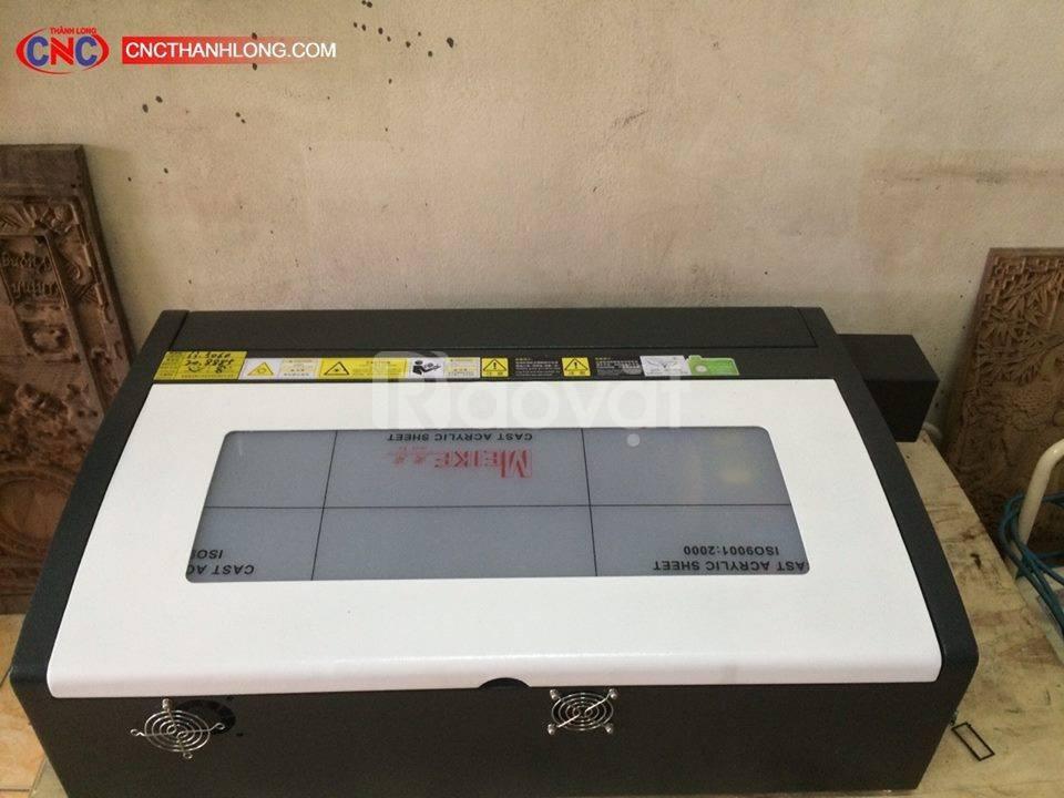 Máy laser 3020, máy laser khắc dấu, khắc dấu trên tấm cao su
