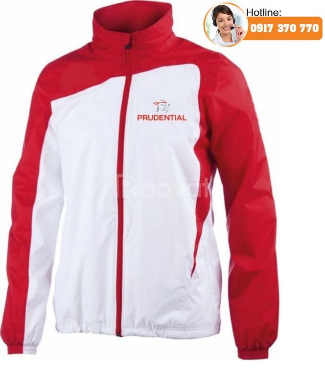 Xưởng áo khoác giá rẻ, áo khoác công ty theo yêu cầu