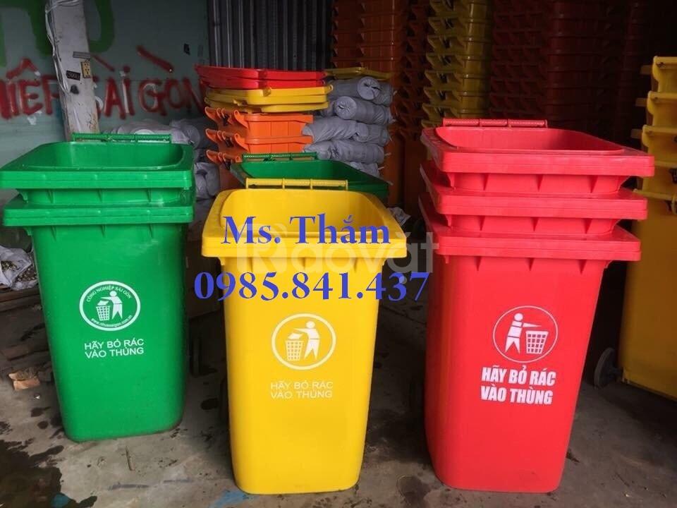 Thùng rác nhựa công cộng 400l