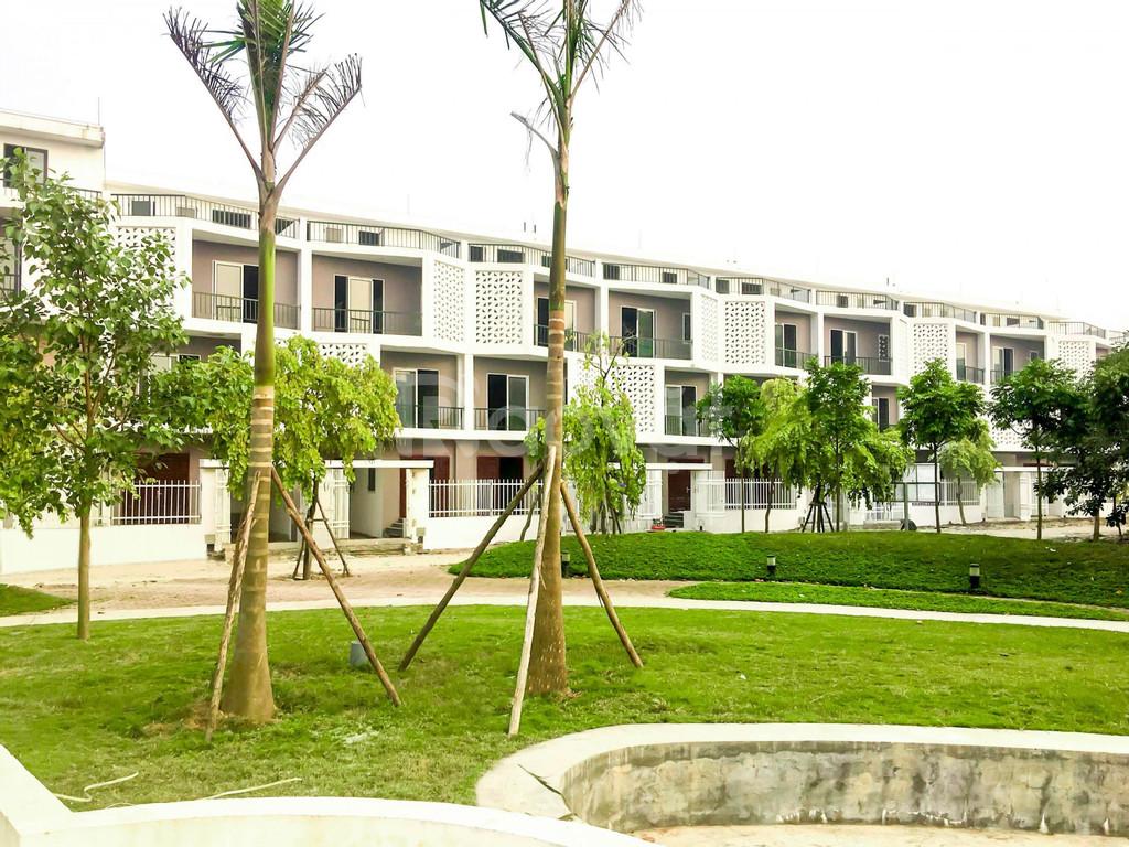 Cần bán căn căn liền kề view khuôn viên tại KĐT Nam 32 Hoài Đức