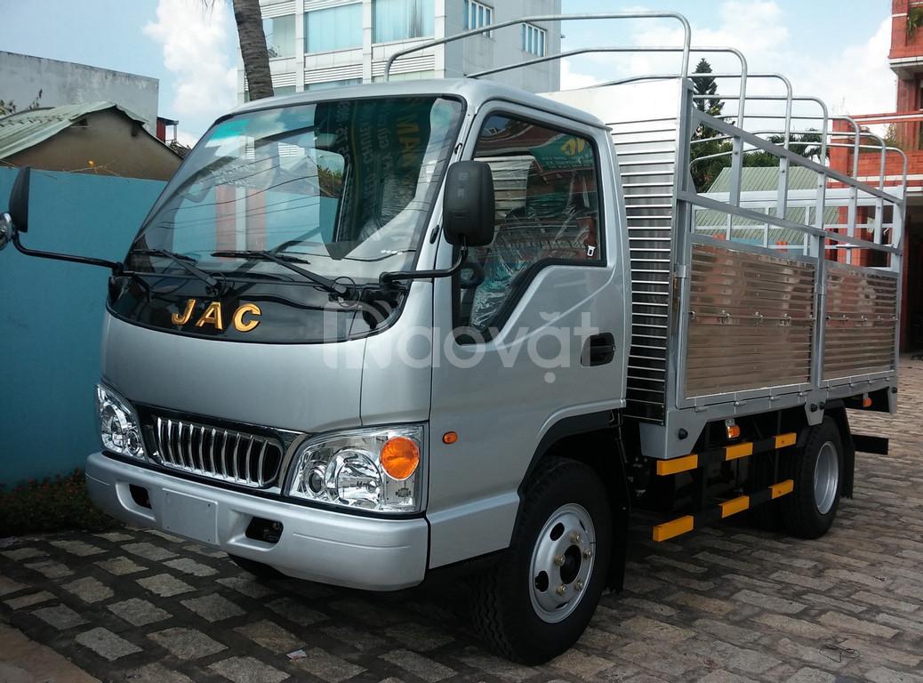 Cần bán chiếc JAC 1,5 tấn thùng 3,7m