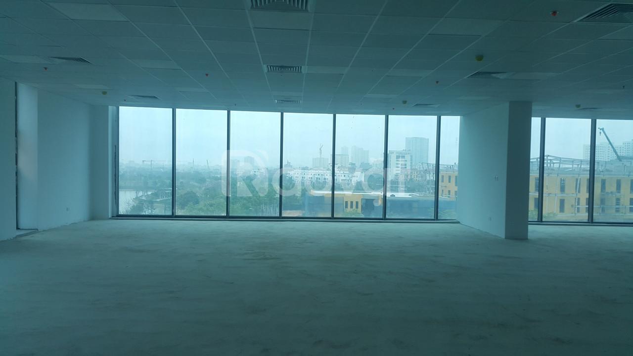 Cho thuê sàn văn phòng trong ngoại giao đoàn vị trí đẹp tầng 1