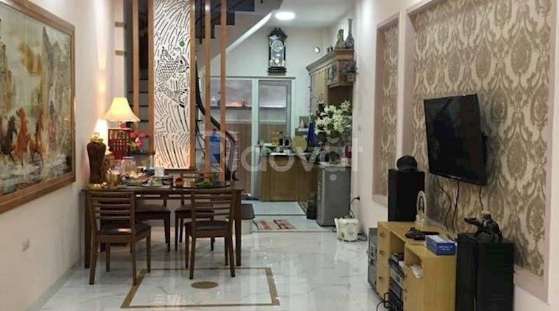 Bán nhà phố Đội Cấn, Ba Đình, DT 28m2, MT4m