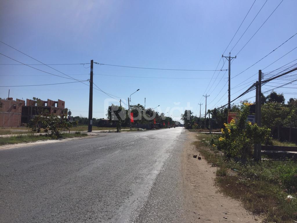 Bán đất sổ đỏ mặt tiền TL 835 giáp Bình Chánh huyện Cần Đước Long An