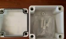 Tủ điện nhựa kín nước rẻ bền