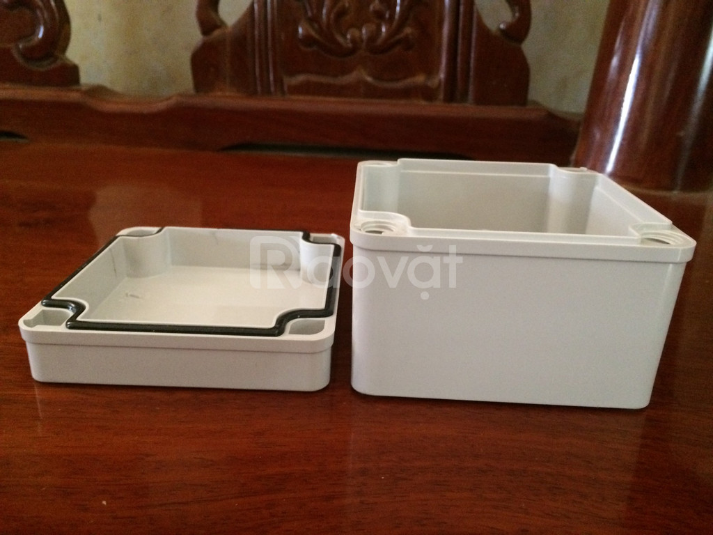 Vỏ tủ điện nhựa kín nước, tủ điện chống thấm ip67