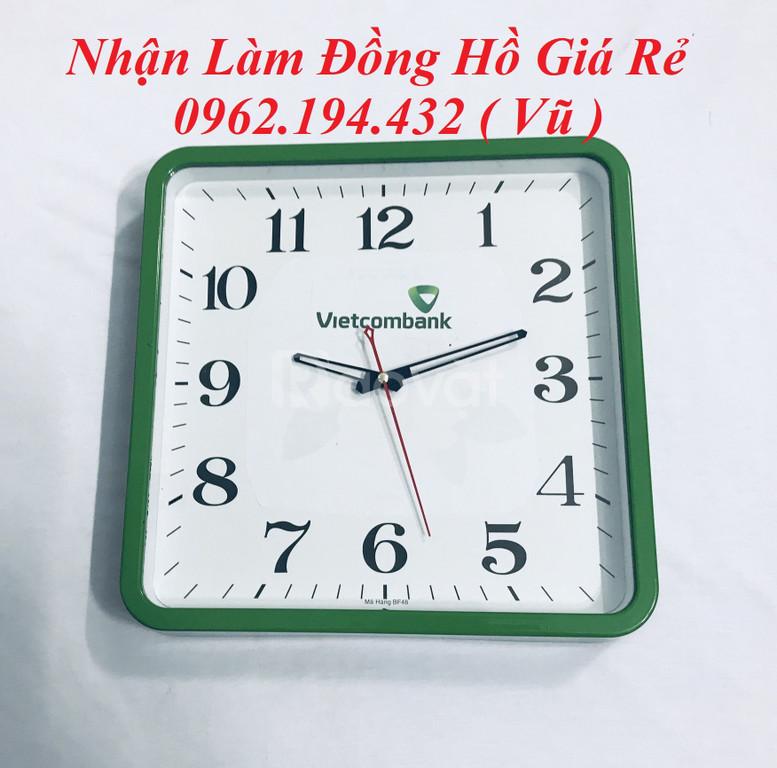 Nhận làm đồng hồ quảng cáo quà tặng giá khuyến mãi