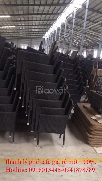 Bàn ghế nhựa giả mây sân vườn hàng xuất khẩu thanh lý