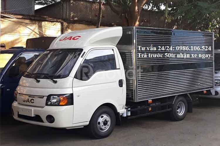 Trả trước 50tr nhận ngay xe tải JAC 990kg máy dầu