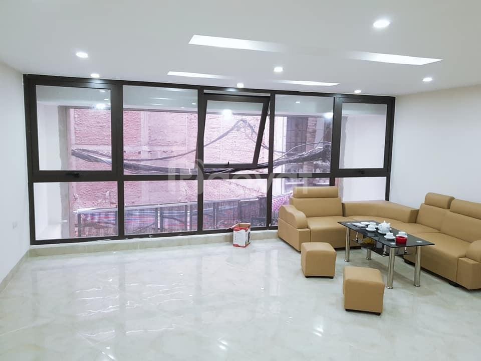 Gia đình chuyển công tác cần bán nhà ngõ Văn Cao quận Ba Đình (ảnh 4)