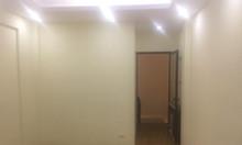 Bán nhà tại Xuân Đỉnh, xây 5 tầng với khung bê tông chắc chắn, 35m2