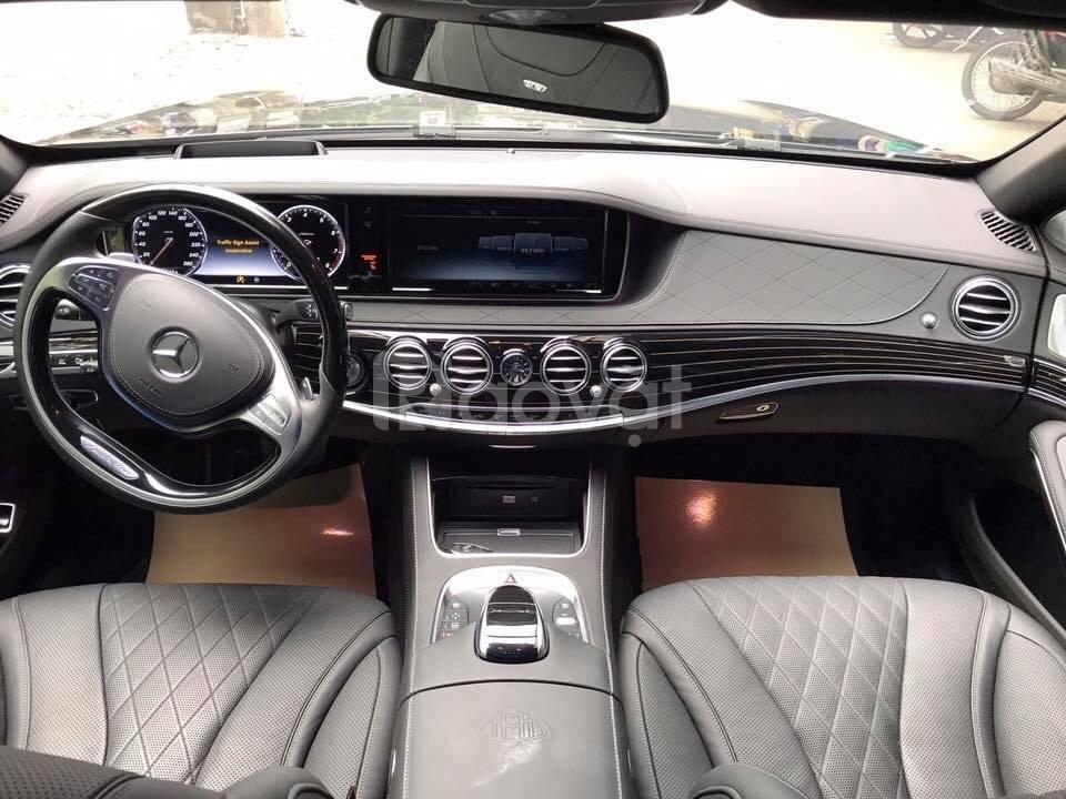 Mercedes S600 Maybach sản xuât 2015 đăng ký 2017 màu đen lăn bánh 6000