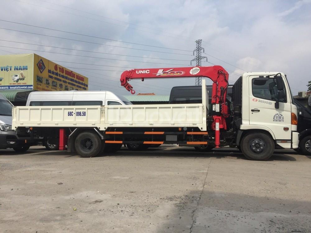 Xe tải gắn cẩu hino - xe tải cẩu hino giá tốt