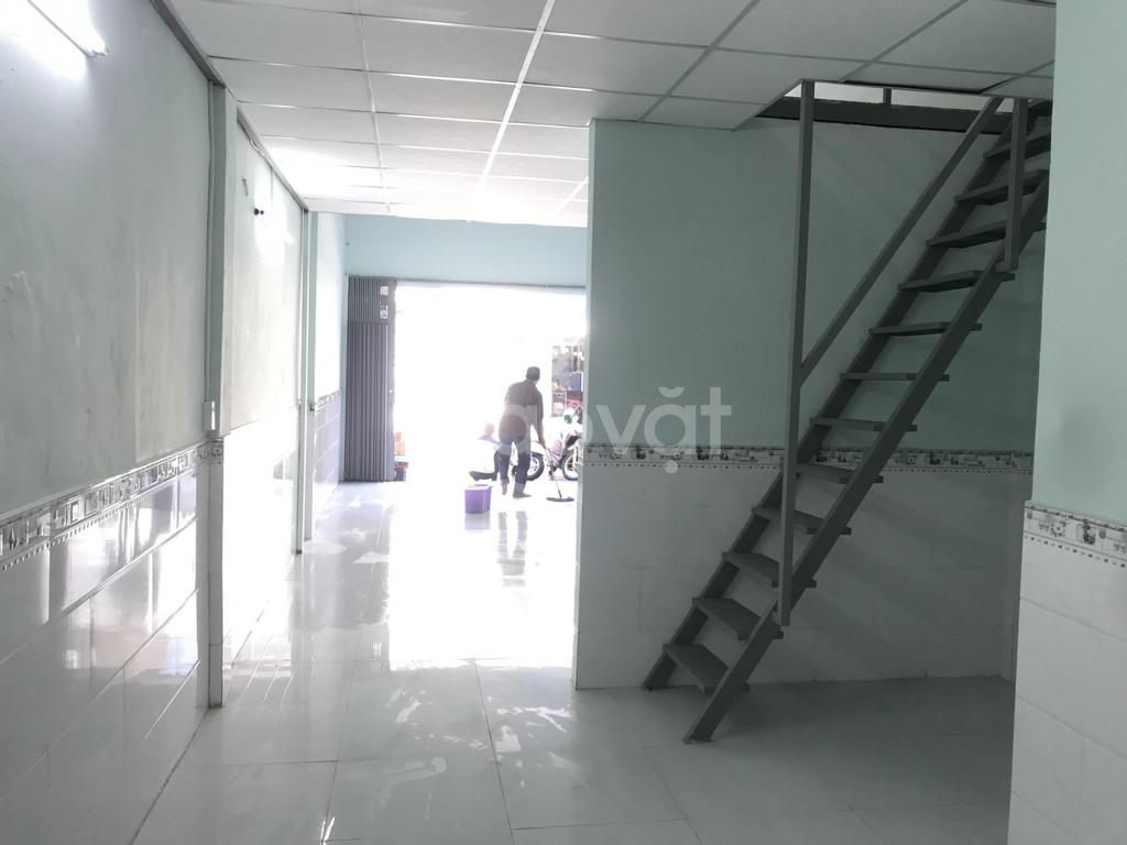Nhà cho thuê nguyên căn mặt tiền 59 đường 16, ngay ngã tư Phạm Hùng
